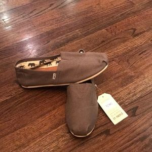 Men's Toms Size 12 Brand New